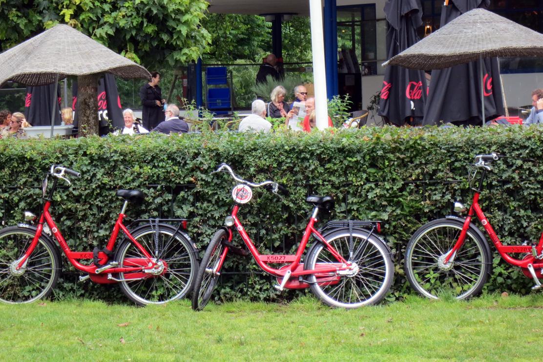Amsterdam vondelpark macbike transportation