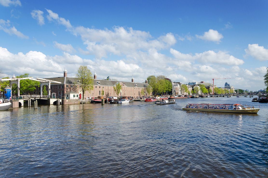 Amstel apartments for rent in Amsterdam